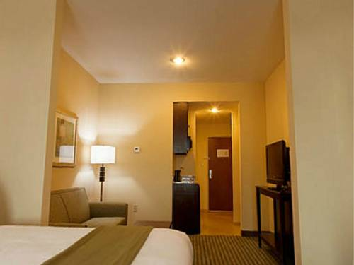 Holiday Inn Express Gulf Shores in Gulf Shores AL 95