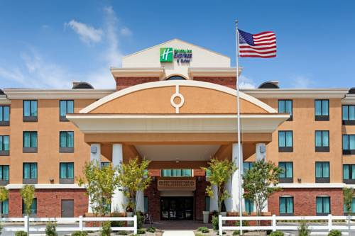 Holiday Inn Express Gulf Shores in Gulf Shores AL 48