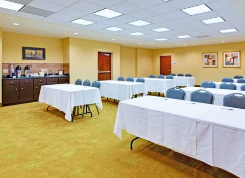Holiday Inn Express Gulf Shores in Gulf Shores AL 56