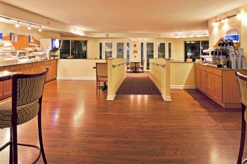 Holiday Inn Express Hotel & Suites Bradenton West in Bradenton FL 48