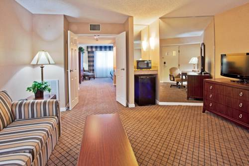 Holiday Inn Express Hotel & Suites Bradenton West in Bradenton FL 53