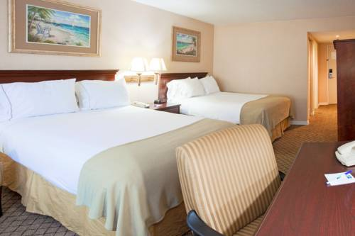 Holiday Inn Express Hotel & Suites Bradenton West in Bradenton FL 10