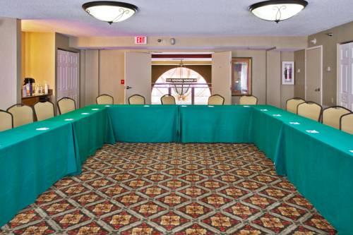Holiday Inn Express Hotel & Suites Bradenton West in Bradenton FL 19