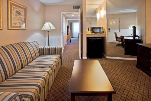 Holiday Inn Express Hotel & Suites Bradenton West in Bradenton FL 21