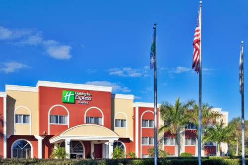 Holiday Inn Express Hotel & Suites Bradenton West in Bradenton FL 03