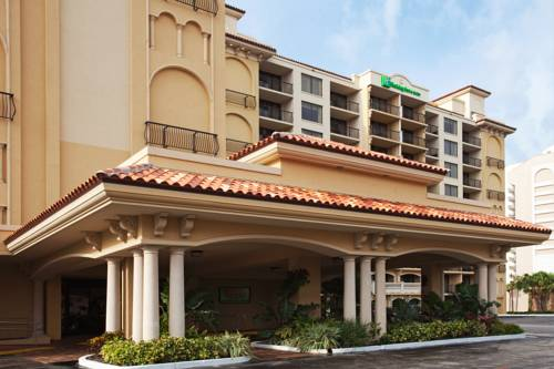 Holiday Inn Hotel & Suites Clearwater Beach in Clearwater Beach FL 39