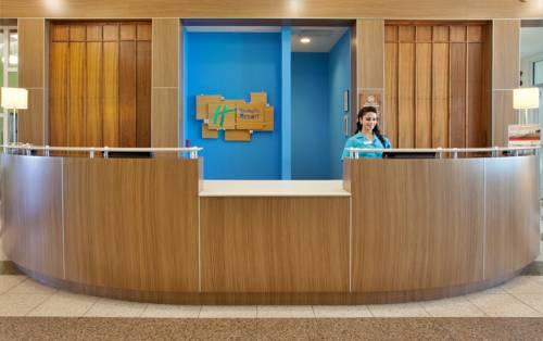 Holiday Inn Resort Pensacola Beach Gulf Front in Gulf Breeze FL 07
