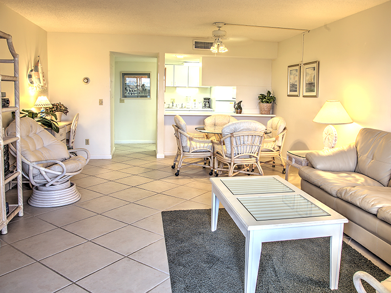 Holiday Surf & Racquet Club 106 Condo rental in Holiday Surf & Racquet Club in Destin Florida - #3