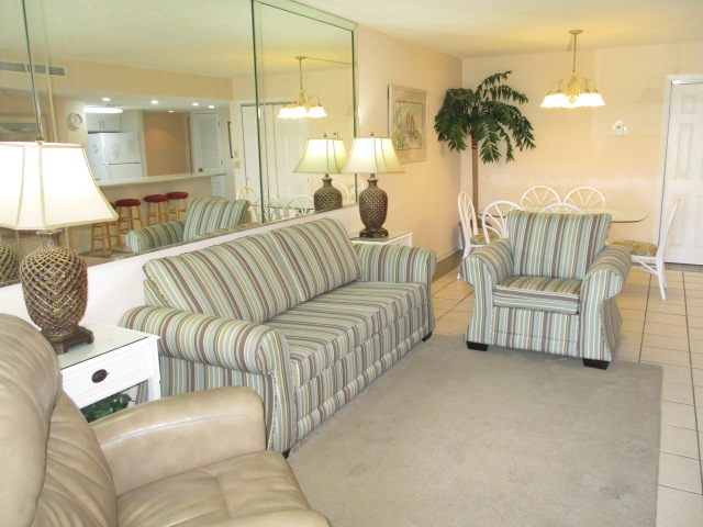 Holiday Surf & Racquet Club 107 Condo rental in Holiday Surf & Racquet Club in Destin Florida - #2