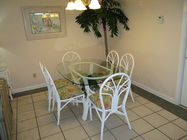 Holiday Surf & Racquet Club 107 Condo rental in Holiday Surf & Racquet Club in Destin Florida - #5
