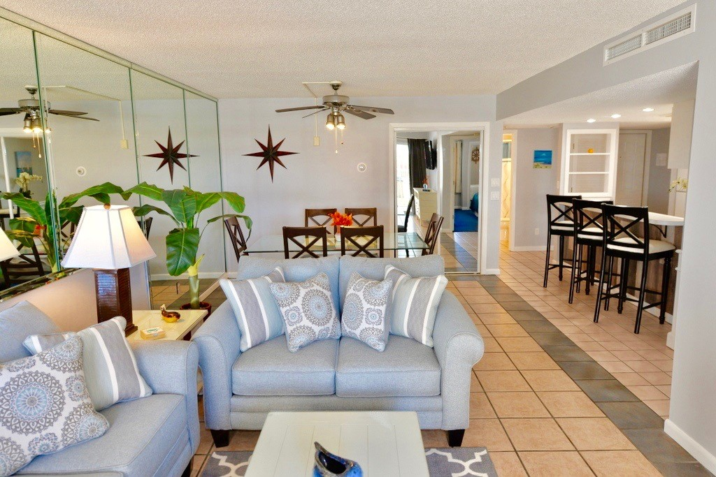 Holiday Surf & Racquet Club 112 Condo rental in Holiday Surf & Racquet Club in Destin Florida - #6