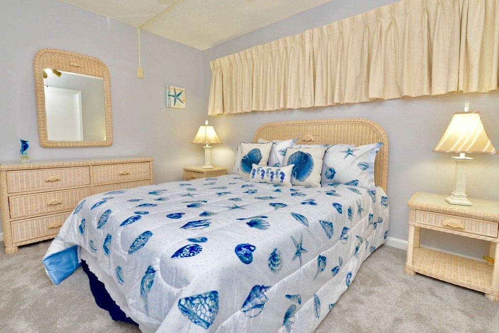 Holiday Surf & Racquet Club 112 Condo rental in Holiday Surf & Racquet Club in Destin Florida - #9