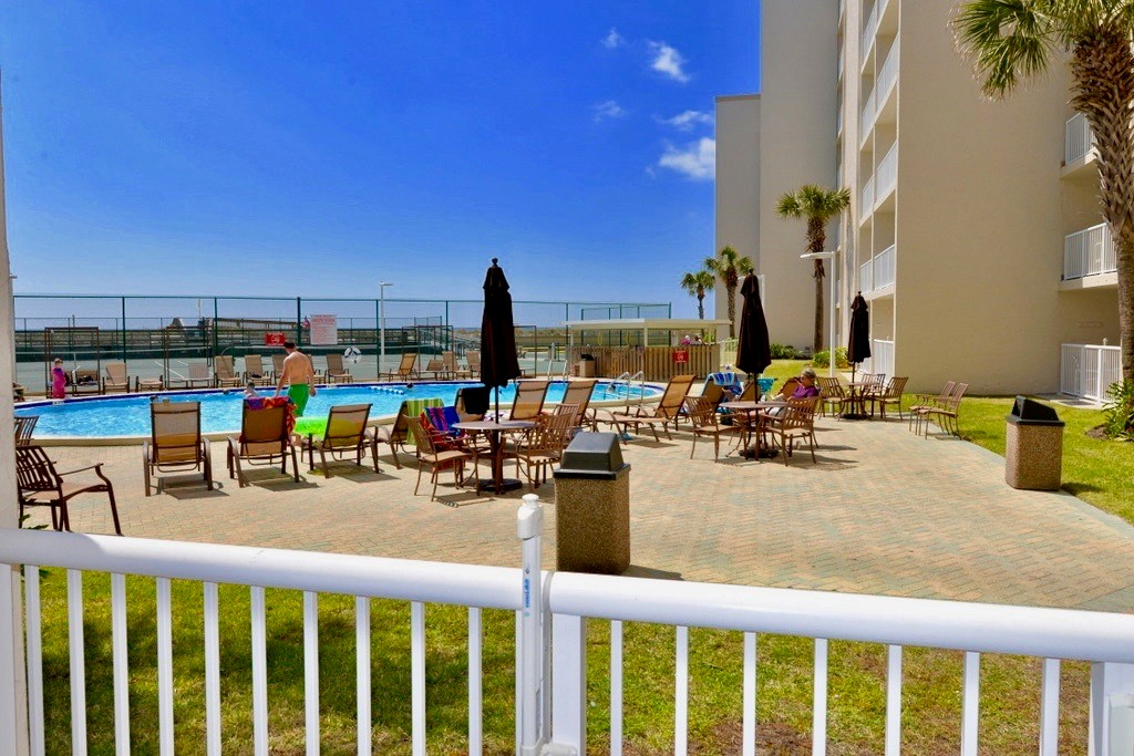 Holiday Surf & Racquet Club 112 Condo rental in Holiday Surf & Racquet Club in Destin Florida - #14