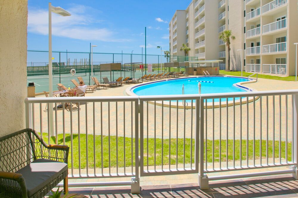 Holiday Surf & Racquet Club 114 Condo rental in Holiday Surf & Racquet Club in Destin Florida - #18