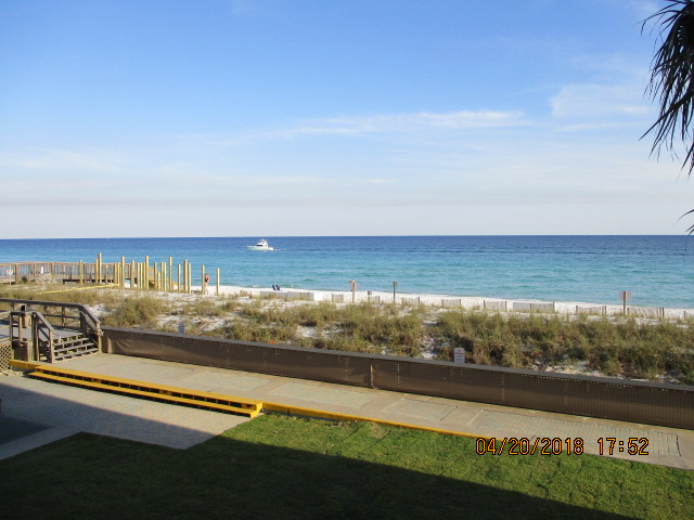 Holiday Surf & Racquet Club 202 Condo rental in Holiday Surf & Racquet Club in Destin Florida - #17