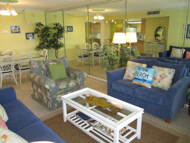 Holiday Surf & Racquet Club 208 Condo rental in Holiday Surf & Racquet Club in Destin Florida - #8