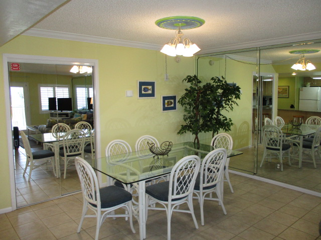 Holiday Surf & Racquet Club 208 Condo rental in Holiday Surf & Racquet Club in Destin Florida - #10
