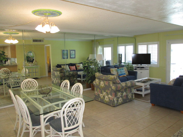 Holiday Surf & Racquet Club 208 Condo rental in Holiday Surf & Racquet Club in Destin Florida - #11