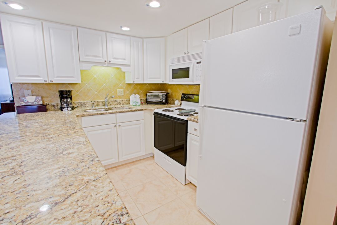 Holiday Surf & Racquet Club 213 Condo rental in Holiday Surf & Racquet Club in Destin Florida - #8