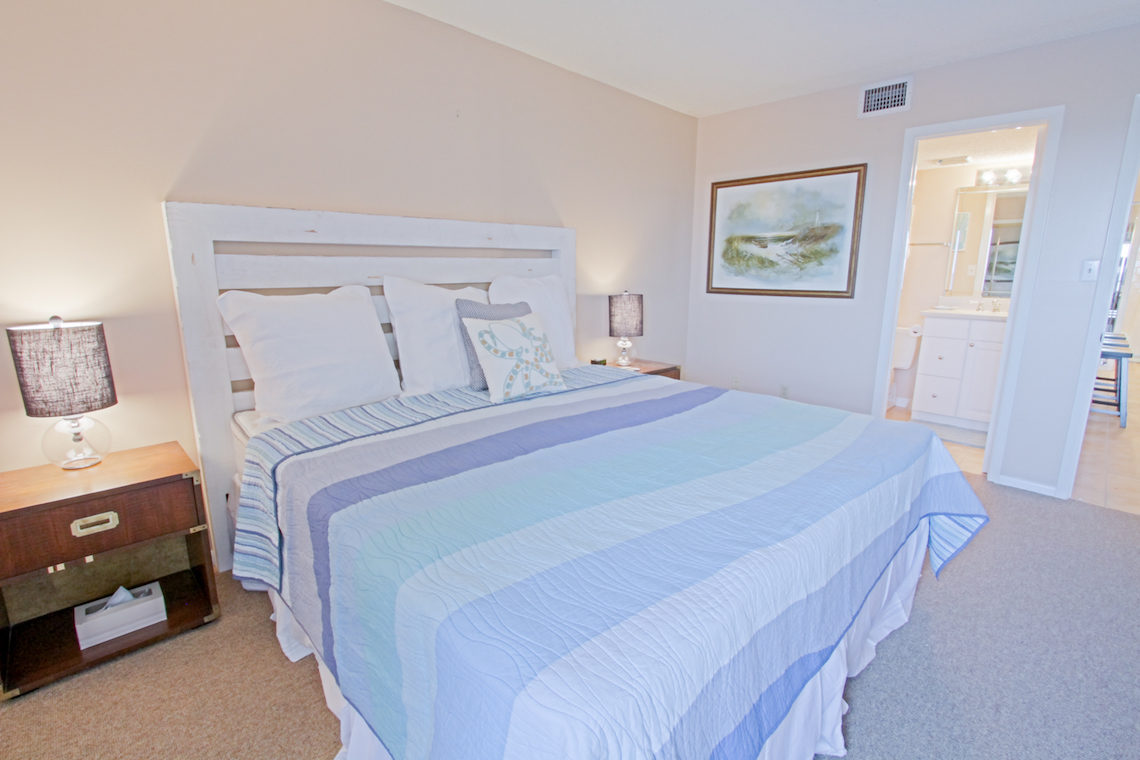 Holiday Surf & Racquet Club 213 Condo rental in Holiday Surf & Racquet Club in Destin Florida - #11