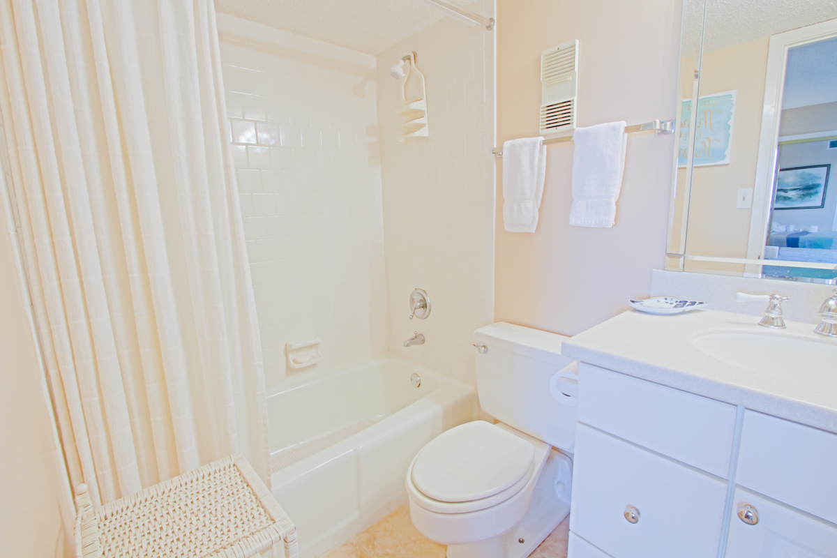 Holiday Surf & Racquet Club 213 Condo rental in Holiday Surf & Racquet Club in Destin Florida - #17
