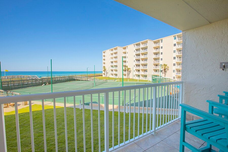 Holiday Surf & Racquet Club 218 Condo rental in Holiday Surf & Racquet Club in Destin Florida - #4