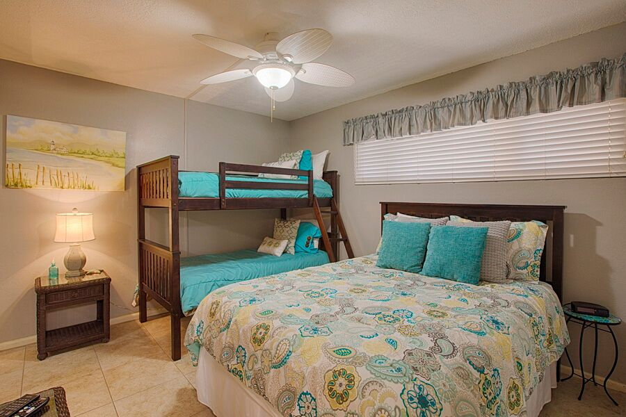 Holiday Surf & Racquet Club 218 Condo rental in Holiday Surf & Racquet Club in Destin Florida - #11