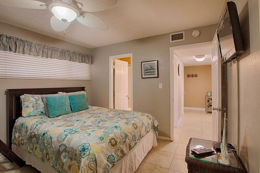 Holiday Surf & Racquet Club 218 Condo rental in Holiday Surf & Racquet Club in Destin Florida - #12