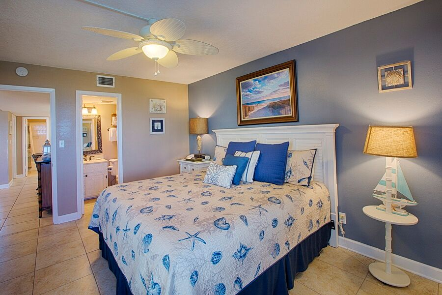 Holiday Surf & Racquet Club 218 Condo rental in Holiday Surf & Racquet Club in Destin Florida - #18