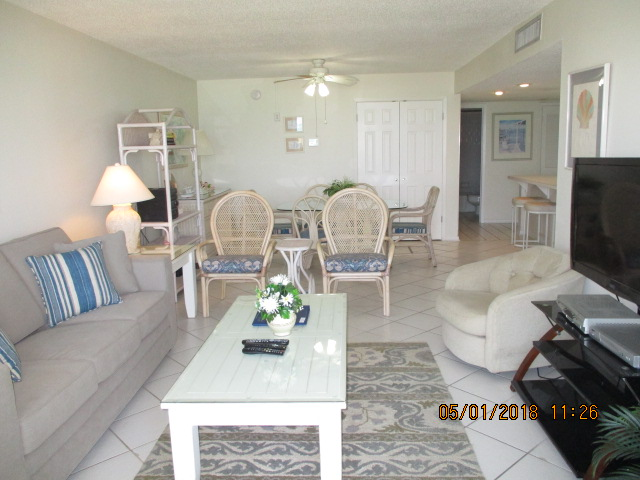 Holiday Surf & Racquet Club 221 Condo rental in Holiday Surf & Racquet Club in Destin Florida - #1