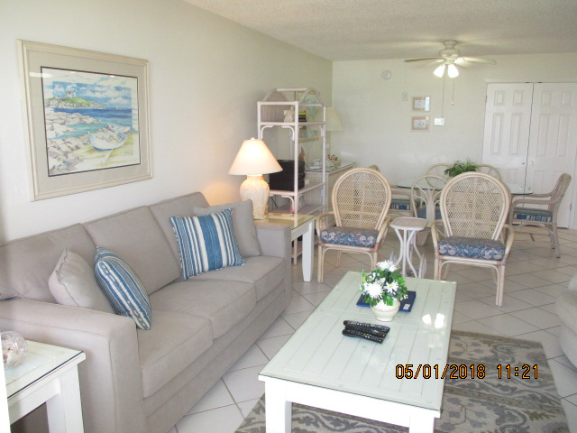 Holiday Surf & Racquet Club 221 Condo rental in Holiday Surf & Racquet Club in Destin Florida - #6