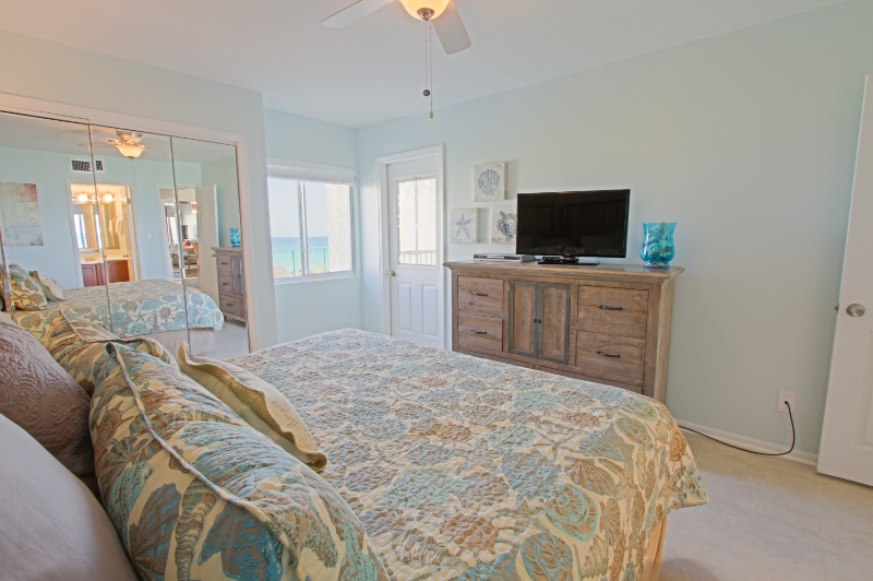 Holiday Surf & Racquet Club 307 Condo rental in Holiday Surf & Racquet Club in Destin Florida - #16