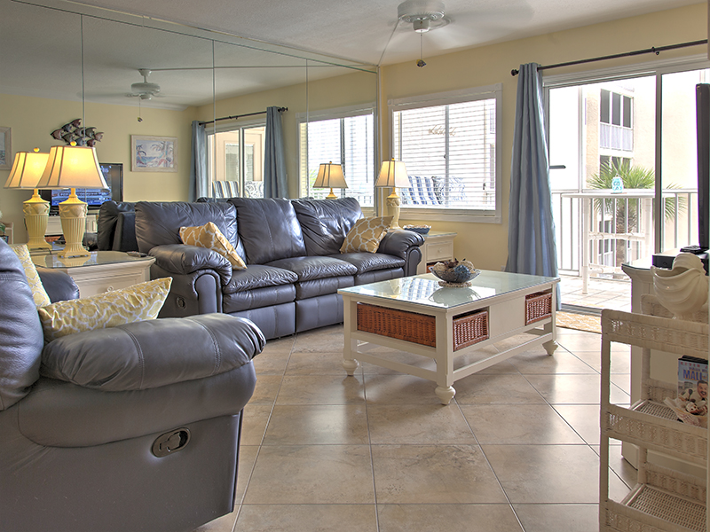 Holiday Surf & Racquet Club 311 Condo rental in Holiday Surf & Racquet Club in Destin Florida - #1