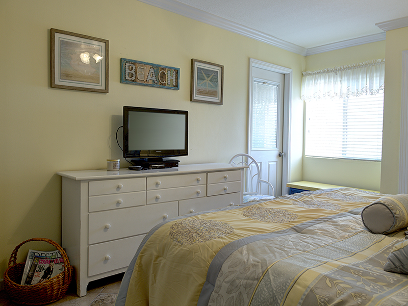 Holiday Surf & Racquet Club 311 Condo rental in Holiday Surf & Racquet Club in Destin Florida - #10