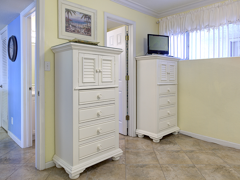 Holiday Surf & Racquet Club 311 Condo rental in Holiday Surf & Racquet Club in Destin Florida - #13