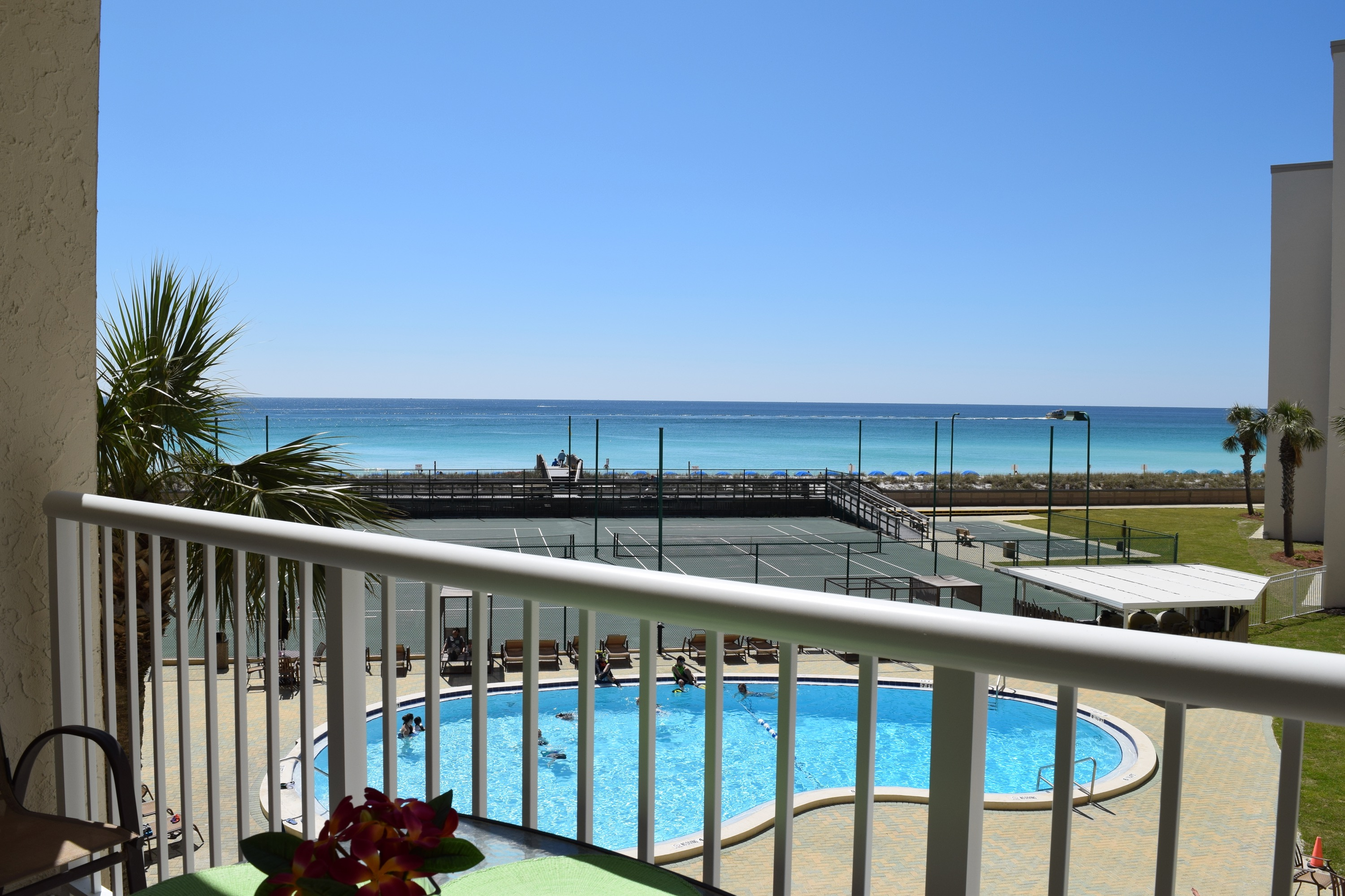 Holiday Surf & Racquet Club 314 Condo rental in Holiday Surf & Racquet Club in Destin Florida - #1