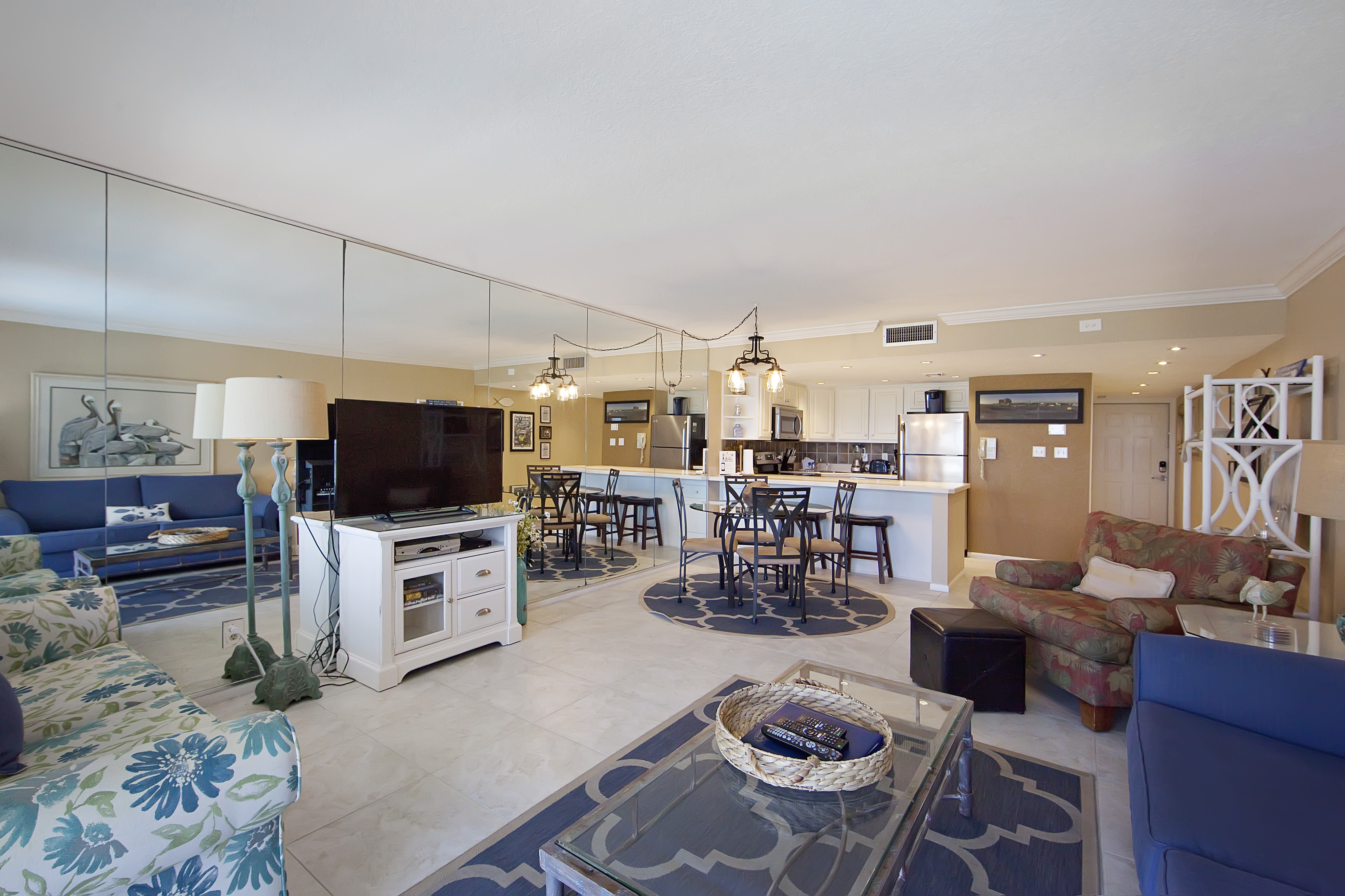 Holiday Surf & Racquet Club 316 Condo rental in Holiday Surf & Racquet Club in Destin Florida - #2