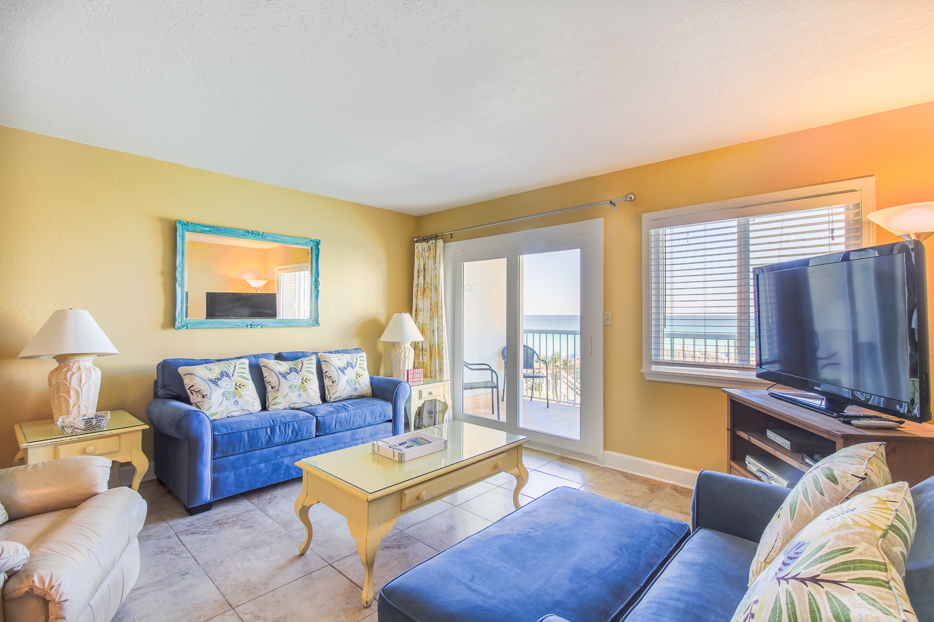 Holiday Surf & Racquet Club 319 Condo rental in Holiday Surf & Racquet Club in Destin Florida - #1