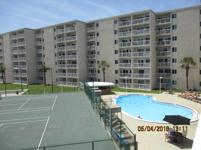 Holiday Surf & Racquet Club 319 Condo rental in Holiday Surf & Racquet Club in Destin Florida - #2