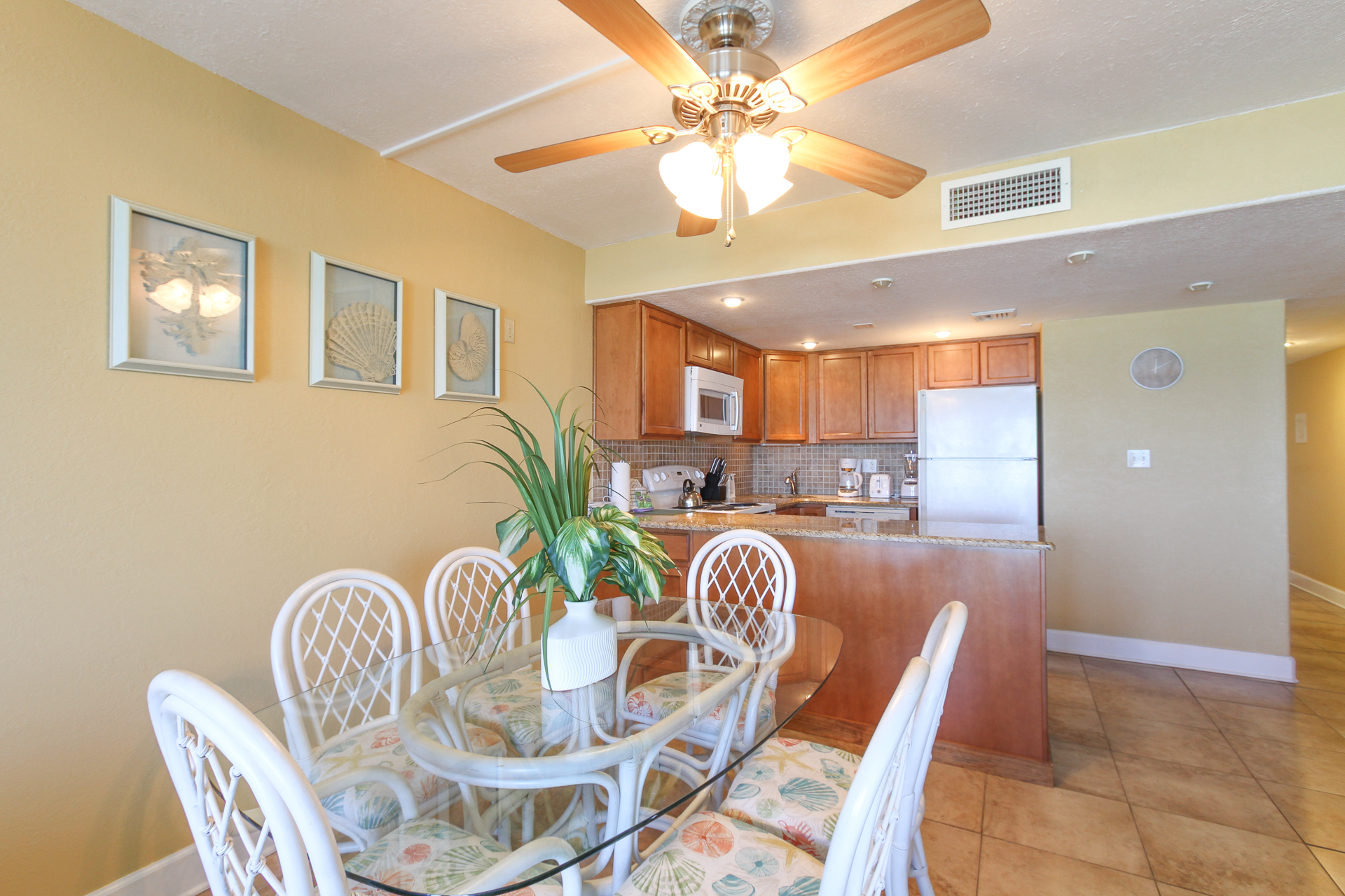 Holiday Surf & Racquet Club 319 Condo rental in Holiday Surf & Racquet Club in Destin Florida - #9
