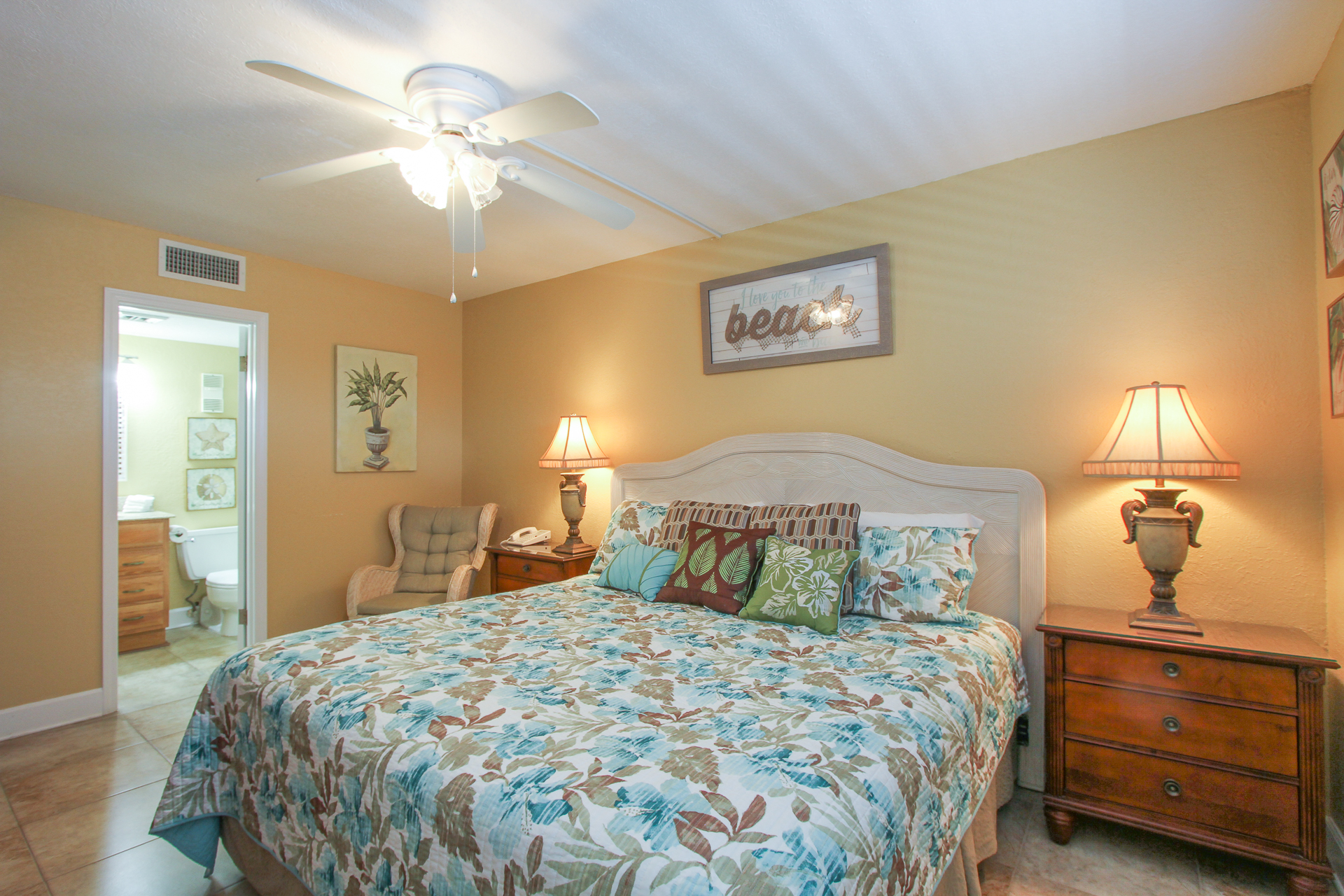 Holiday Surf & Racquet Club 319 Condo rental in Holiday Surf & Racquet Club in Destin Florida - #11