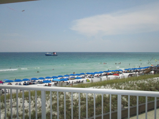 Holiday Surf & Racquet Club 324 Condo rental in Holiday Surf & Racquet Club in Destin Florida - #2