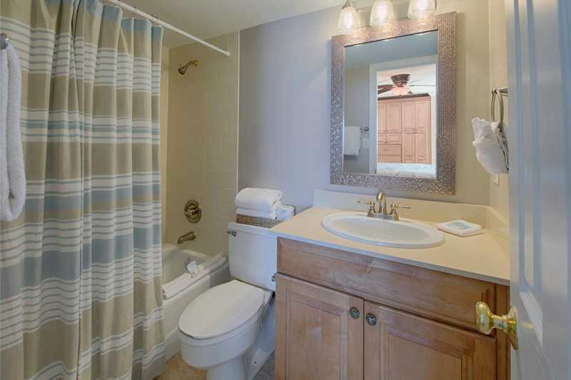 Holiday Surf & Racquet Club 405 Condo rental in Holiday Surf & Racquet Club in Destin Florida - #12