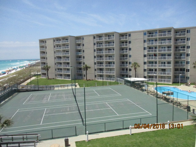 Holiday Surf & Racquet Club 422 Condo rental in Holiday Surf & Racquet Club in Destin Florida - #2