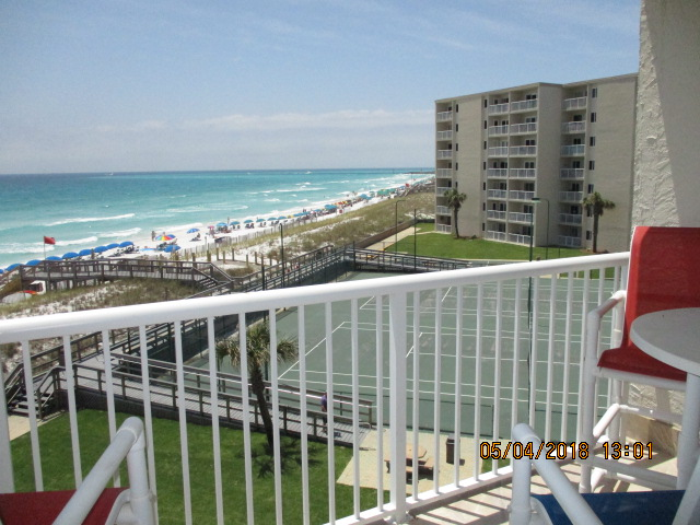 Holiday Surf & Racquet Club 422 Condo rental in Holiday Surf & Racquet Club in Destin Florida - #6