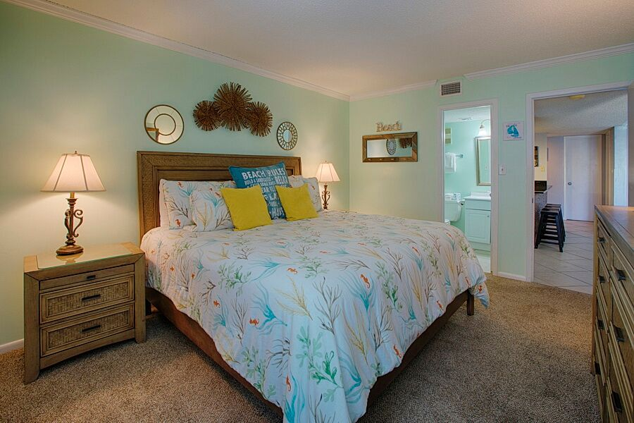 Holiday Surf & Racquet Club 508 Condo rental in Holiday Surf & Racquet Club in Destin Florida - #11