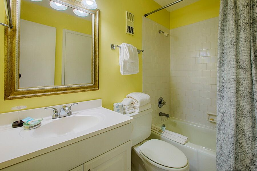 Holiday Surf & Racquet Club 508 Condo rental in Holiday Surf & Racquet Club in Destin Florida - #16