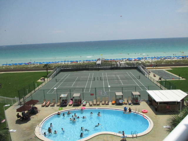 Holiday Surf & Racquet Club 513 Condo rental in Holiday Surf & Racquet Club in Destin Florida - #11