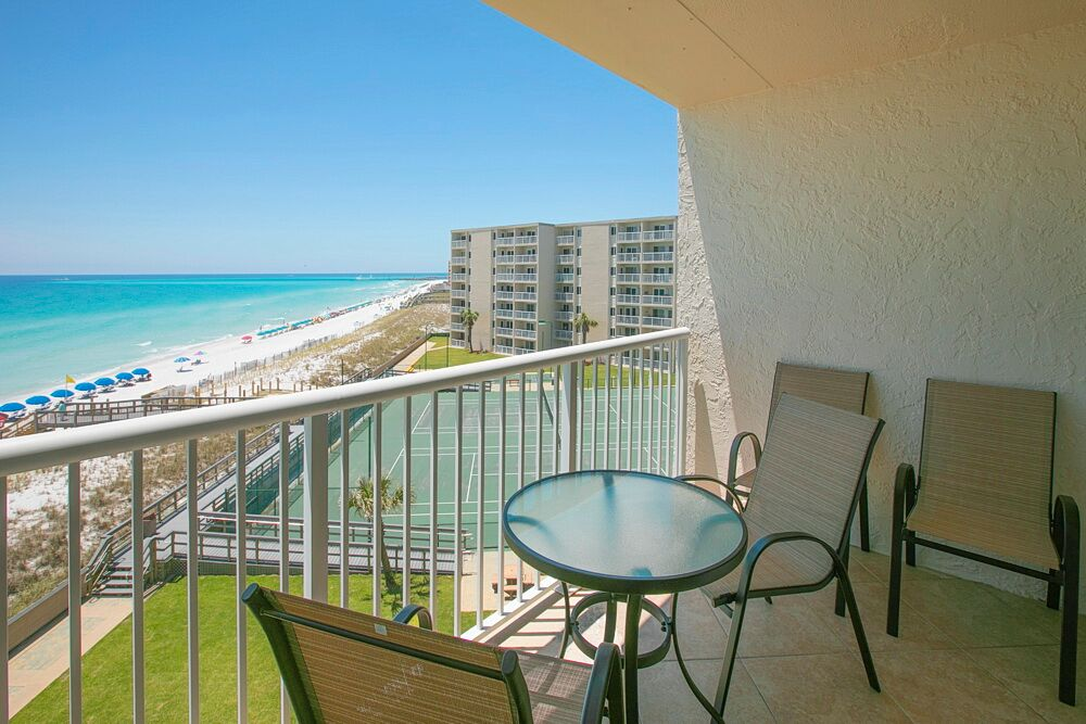 Holiday Surf & Racquet Club 523 Condo rental in Holiday Surf & Racquet Club in Destin Florida - #3