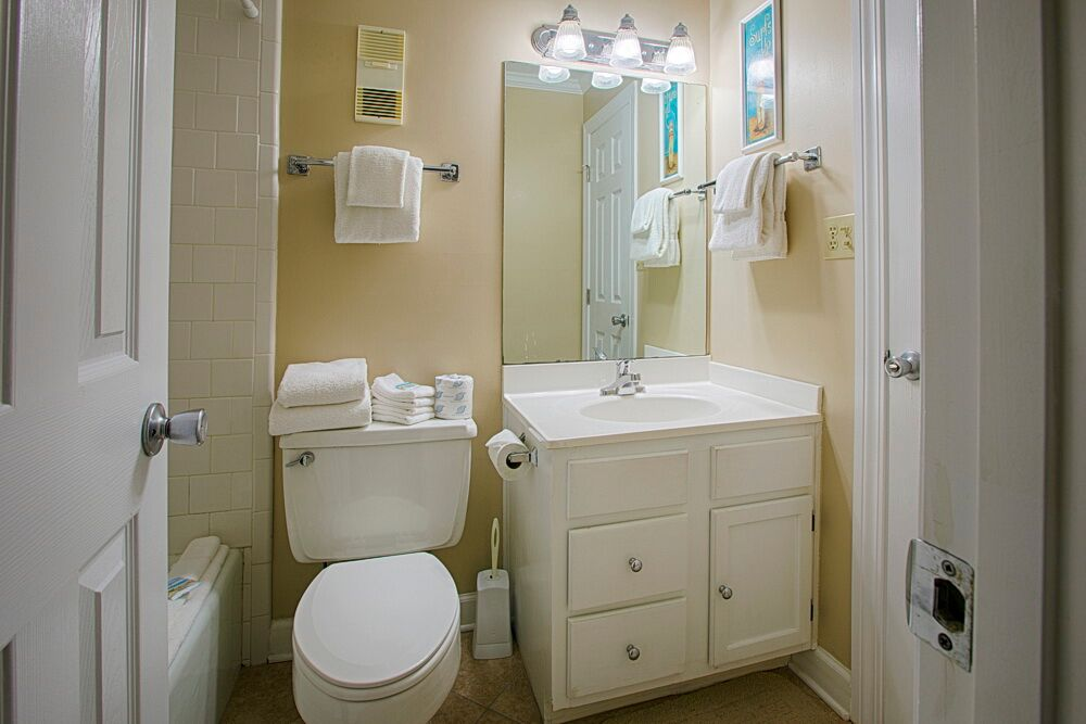 Holiday Surf & Racquet Club 523 Condo rental in Holiday Surf & Racquet Club in Destin Florida - #11